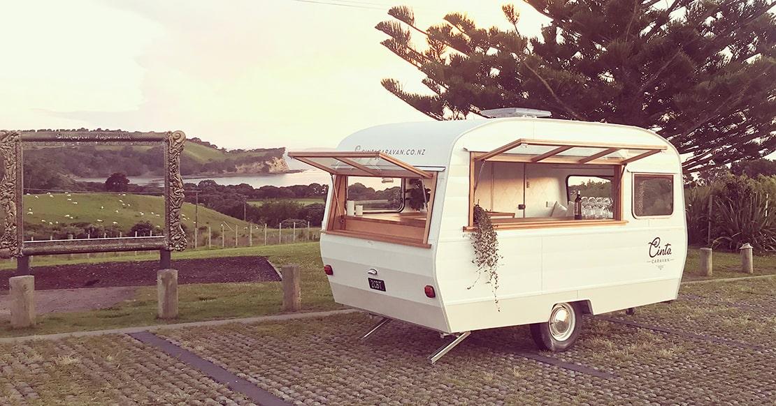 Хостинг caravan как залить скрипт на хостинге